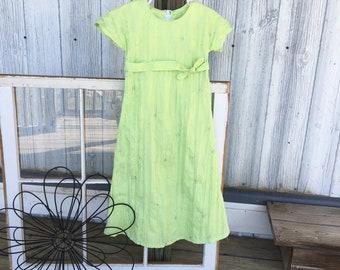 Spring green girls size 4