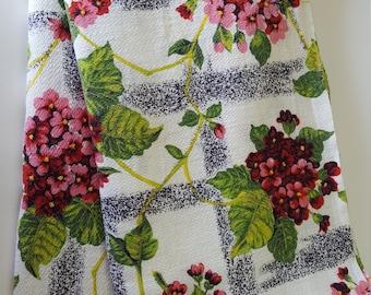 Vintage lightweigt barkcloth fabric geranium 2 panels