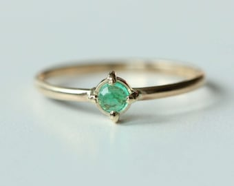 14k Gold Emerald Stacking Ring - Emerald and Gold - Flashy Ring - White Gold Ring - Feminine Rose Gold Stacking Ring - Dainty Stacking Ring