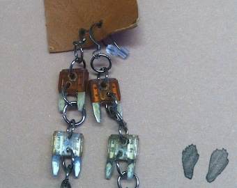 Mini Fuse Earrings - Earth