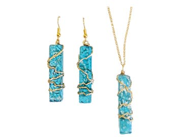 Light blue wire wrapped glass dangle earrings and necklace gold wire 18 inch chain