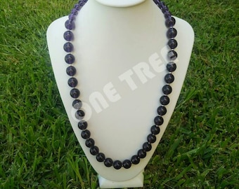 Amethyst color glass beaded necklace