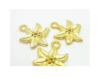 Set of 10 flower charms gold gilt (S15)