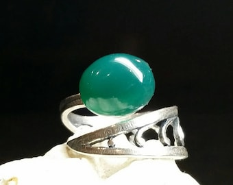 Gorgeous Green Onyx & Sterling Silver Ring