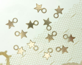 30 antique  silver tone star charms