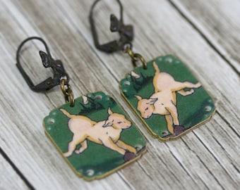 Fifties Lamb Earrings - Lamb Earrings - Lamb Jewelry - Sheep Jewelry - Illustration Jewelry  - Illustration - 1950s - Animal Jewelry - Green
