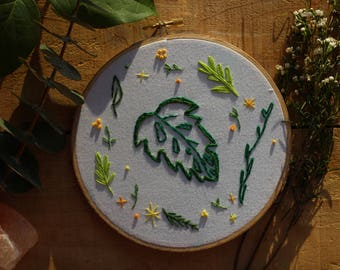 "8"" Palm Leaf Embroidery"