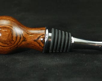 Bocote wood and chromed metal bottle stopper