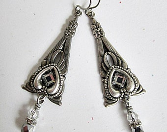 Silver Triangle Earrings, Antiqued Pewter Triangle Dangles, Victorian Earrings, Downton Abbey Drops, Triangular Shape Dangles, Pewter Drops