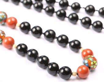 Vintage Onyx Bead Necklace 1940s