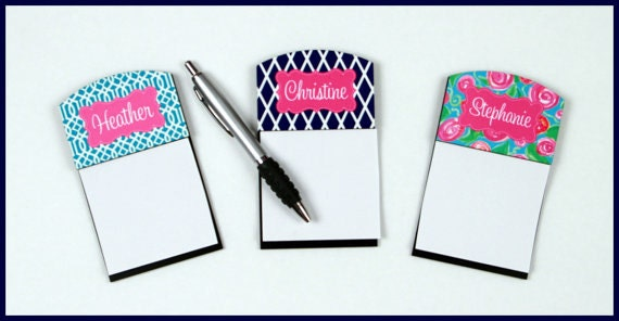 Personalized Sticky Note Holder Personalized Gifts for Coworkers Monogram Office Accessories Personalized Desk Accessory Gifts for Employees