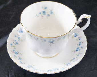 ROYAL ALBERT Fine Bone Cup and Saucer Memory Lane