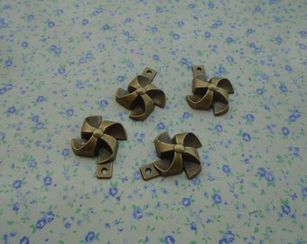 10 pcs of antique bronze color pinwheel pendant charm , 26*22mm , MP20