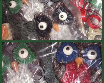 Owl chocolate lollipops