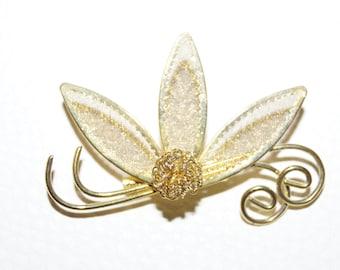 50's 60's Brooch Bloom Gold