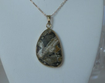 Green and Tan Agate Slice Pendant Necklace and 14 Karat 28 inch Gold Filled Chain