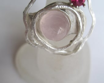 Roseshaped Sterling Silver 925 Handforged Ring. Bullit Rosequartz Silver Ring. Red Cubic Zirconia in Silverring ./. Made in Sweden. OOAK