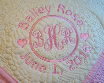 Personalized baby quilt, Quilt, Baby Quilt, Personalized Quilt, Monogrammed Quilt, Baby Blanket, Quilted Crib Blanket, Baby Gift, Throws.