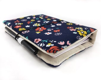 Fabric traveler's notebook cover, fauxdori - navy florals.  Refillable notebook cover.  Pen loop, pockets - Pick your size