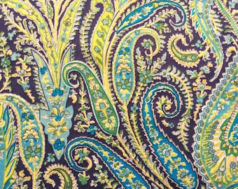 """Felix and Isabelle G Liberty Fabric tana lawn scrap green yellow blue white paisley 10"""" x 10"""" square (25,4 cm x 25,4 cm) The Weavers Mill"""