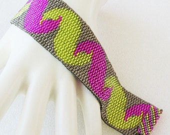 Squiggly Wigglies in Lime and Fuchsia Peyote Cuff Bracelet (2499)