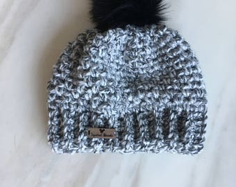 Moss Pompom Beenie with Fur in White/Black Marble