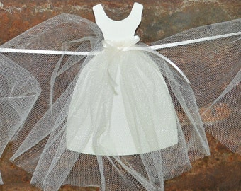 Bridal Shower Decorations, Bridal Shower Banner, Wedding Dress Bunting, Bridal Shower Garland, Paper Wedding Dress, Bridal Shower Backdrop