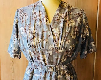 1950s cotton floral dress in greys and beiges
