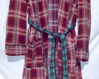 Vintage BEACON BLANKET Robe Red Plaid
