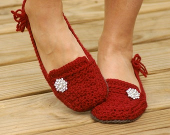 Crochet Pattern Womens House Slipper - Lovely Lady Loafers - six sizes included - Women's 5-10 - Pattern number 117 - Instant Download L