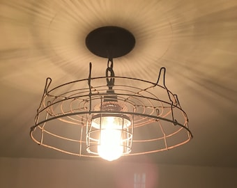 Rustic wire frame light