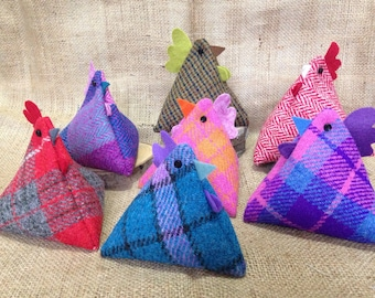 Hotanicals Hendy - hand warmer/fragrant room pomander/paperweight. Harris Tweed hens filled with flax and lavender.