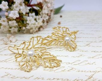 Gift For Women, Woodland Wedding Jewelry, Bridal Earrings, Pearl Gold Earrings, Gold Leaf Earrings, Maple Leaf Earrings, Delicate jewelry