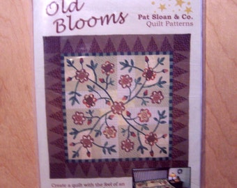 Old Blooms Quilt Pattern by Pat Sloan  84 X 84  with Pillow Cover too NEW