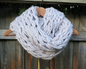 Arm knit infinity scarf in Silver