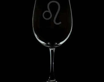13 Ounce Leo Personalized Wine Glass