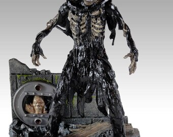 The Return of the Living Dead Tarman Deluxe Action Figure