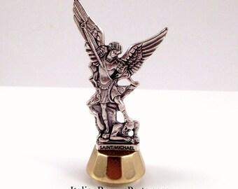 Saint Michael l'Archange Miniature Statue, Statue de tableau de bord de voiture magnétique adhésif Made In Italy