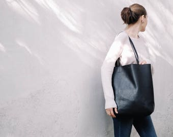 Black Leather Tote, Black Tote Bag, Leather Tote Bag, Tote Bag, Large Leather Tote, Modern Leather Tote, Womens Leather Bag