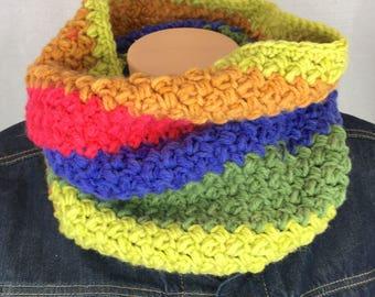 Chunky crochet scarf, winter infinity scarf, rainbow scarf, chunky cowl scarf, loop scarf, crochet cowl