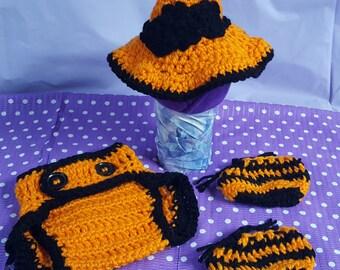 Batty Witch Hat Set