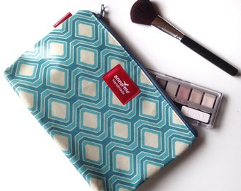 Large Pouch Makeup Travel Case for Cosmetics, Large Printed Bag for Makeup, Funky Makeup Pouch Bag with Zipper, Gift for Girlfriend Present