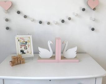 Swan Bookends, Pink, Kids Decor, Swan Nursery, Girl Swan, Baby Girl Nursery, Swan room decor, wooden swan,  eco friendly