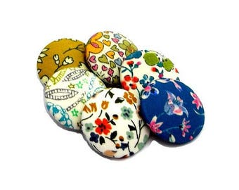 Buttons covered with liberty x 6, slip-blend, buttons size optional