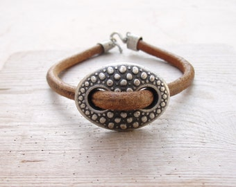 Leather Button Bracelet Leather and Metal