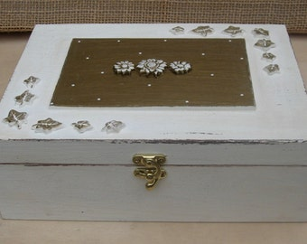 WOODEN JEWELRY BOX, jewelry box vintage, jewelry display