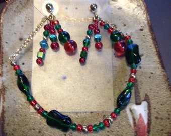 Red and green glass bead necklace and earring  set, one of a kind, holiday jewelry
