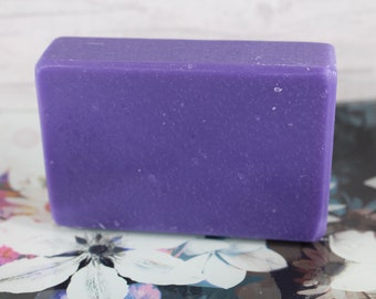 Lilac Soap, Handcrafted Soap, Bath Soap, Handmade Soap, Natural Soap, Palm Free Soap, Floral scented Soap, Bar Soap, Cruelty Free, Vegan