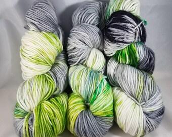 Mischief Colorway - Hand-dyed WORSTED Superwash Merino wool/Nylon Yarn - World of Warcraft Inspired
