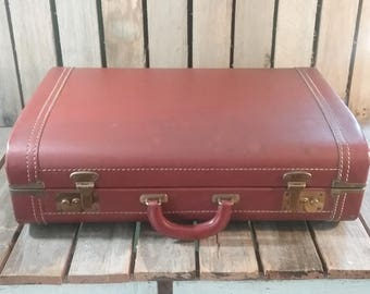 Vintage Leather Suitcase, Old Brown Suitcase, Old Suitcases, Vintage Luggage, Brown Luggage, Old Luggage, Travel Case, Travel Box